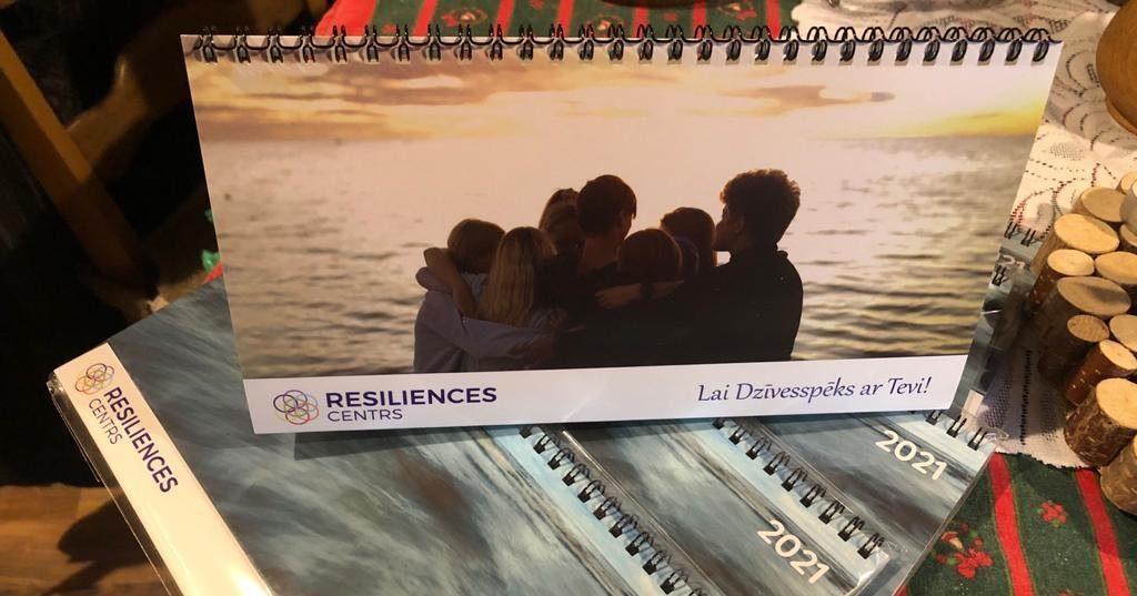 Izveidots 2021. gada kalendārs ar jauniešu radītām fotogrāfijām